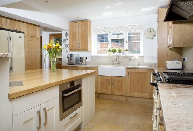 Oak Shaker kitchen painted island Granite worktops brill buckinghamshire