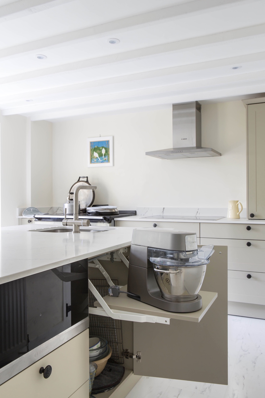 appliance storage lift up bespoke kitchen white quartz worktops shabbingdon buckinghamshire 2