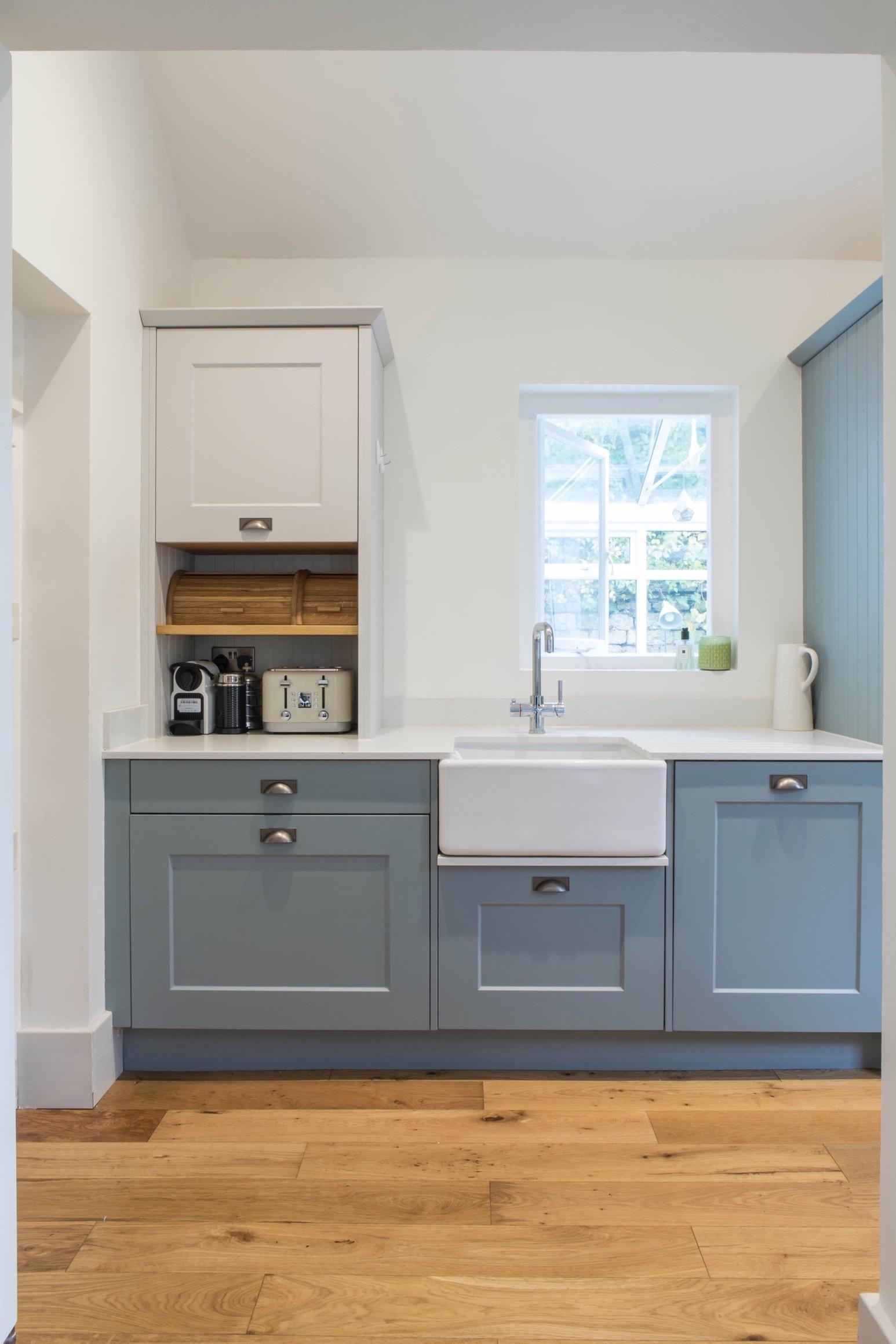 belfast sink worktop dresser thame bespoke kitchen design oxfordshire 1