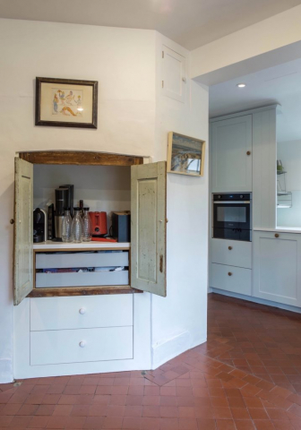 clever inset storage upcycled doors haddenham buckinghamshire bespoke kitchen 2 717x1024