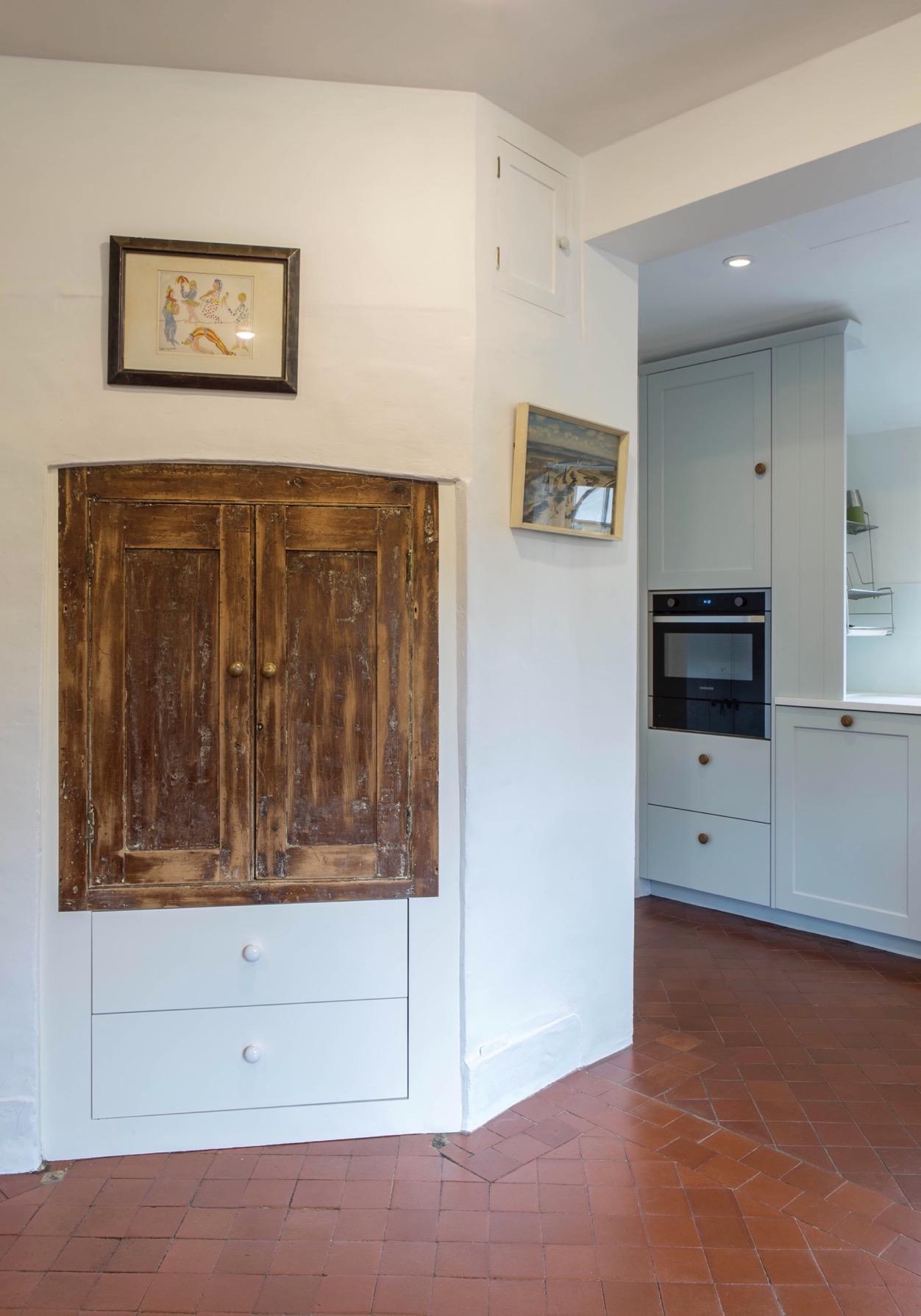 clever inset storage upcycled doors haddenham buckinghamshire bespoke kitchen