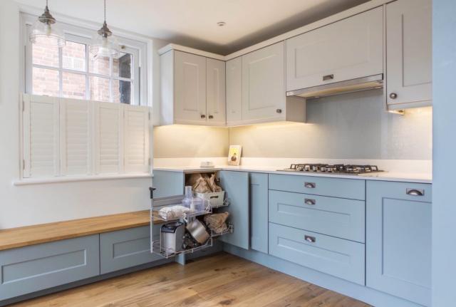 clever kitchen corner storage magic corner thame bespoke kitchen design oxfordshire 1024x689