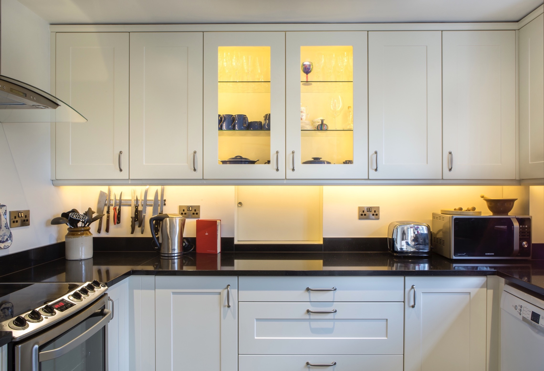 glazed wall cupboards with glass shelves long crendon buckinghamshire 1
