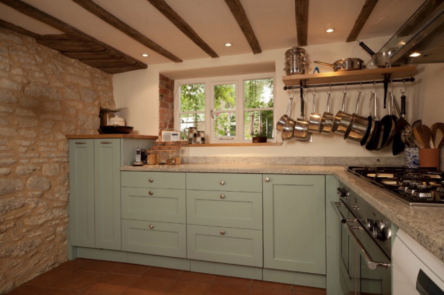 grey handpainted shaker kitchen chalgrove oxfordshire 1024x682