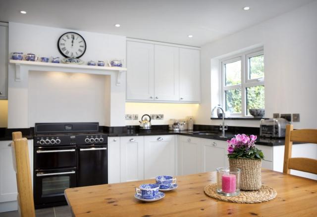 kitchen table mantle granite worktop thame 1024x703